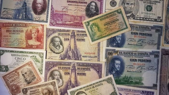 World - 17 banknotes Pesetas - Various dates