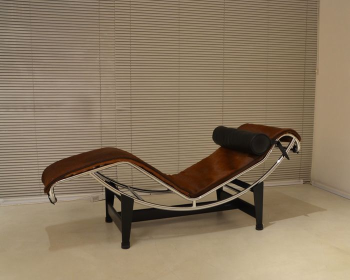 Le Corbusier, Pierre Jeanneret, Charlotte Perriand - Cassina - Chaise lounge (1) - LC4