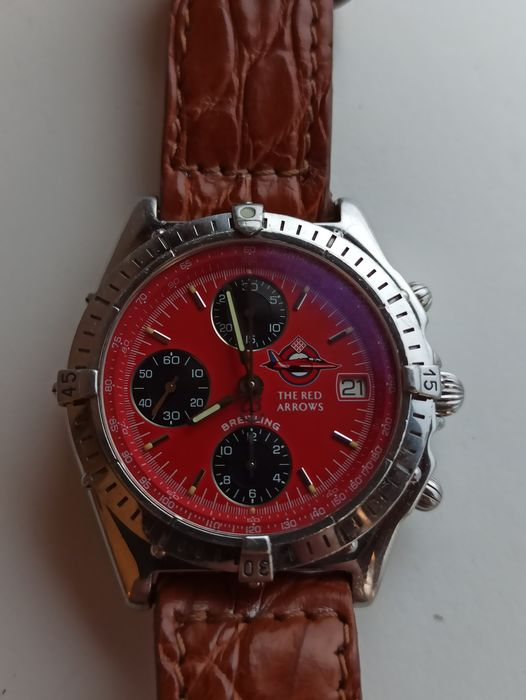 """Breitling - Chronomat """"The Red Arrows"""" - Ref. A13050.1 - Lim. Ed. (0148/1965) - Homme - 1990-1999"""