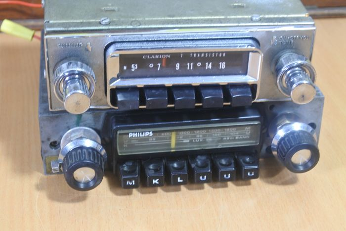 Radio - Clarion RE-106 - Philips 22RN531 - 1970-1980