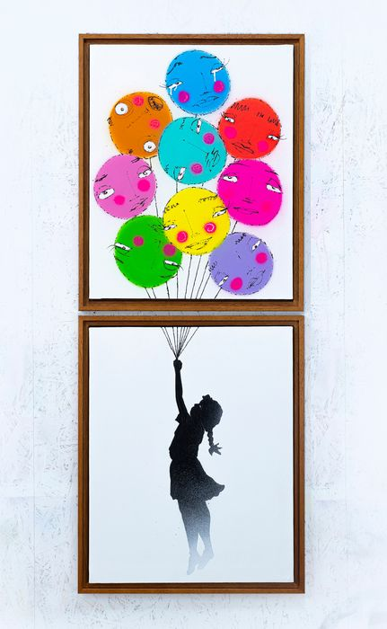 UTOPIA - Girl with balloons ops!!! bubbles
