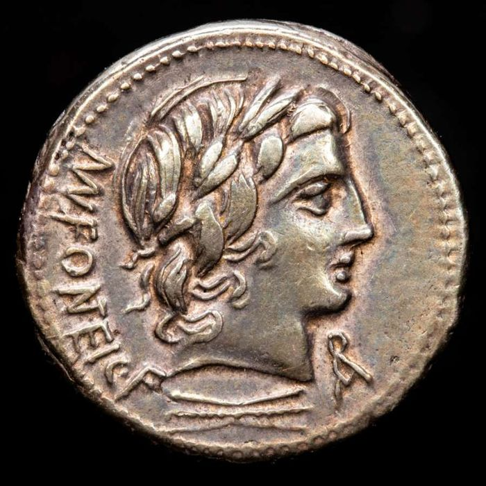Romeinse Republiek. Mn. Fonteius C. f., 85 v.Chr.. AR Denarius,  Rome mint - Apollo / MN FONTEI C F / Infant winged Genius seated on goat