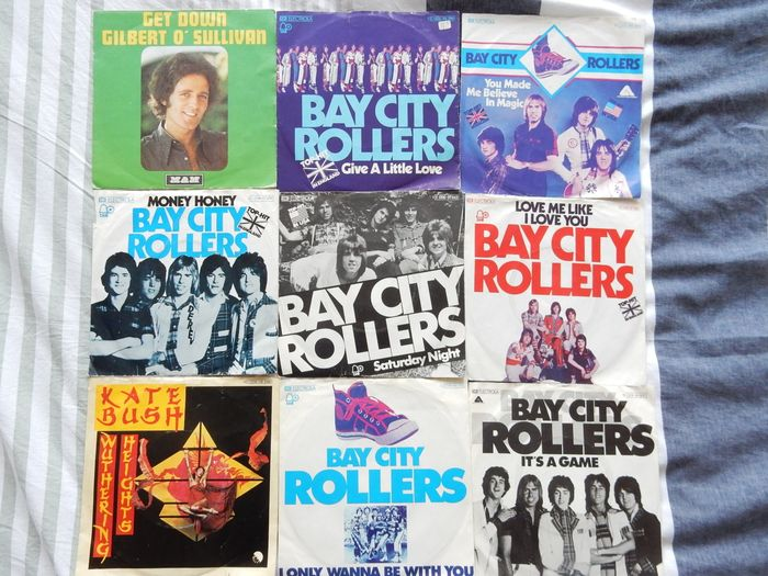 Various Artists/Bands in 1970's, Various Artists/Bands in Pop, Various Artists/Bands in Rock - Artisti vari - 50 Songs from the 70's in the genre Rock and style Pop Rock - Titoli vari - Singolo 45 Giri - 1970/1979