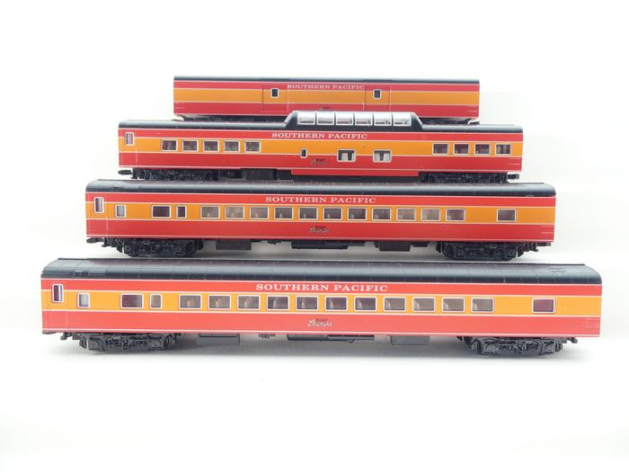 Kato N - 106-029 - Passenger carriage set - 4-piece USA carriage set Morning Daylight - Southern Pacific