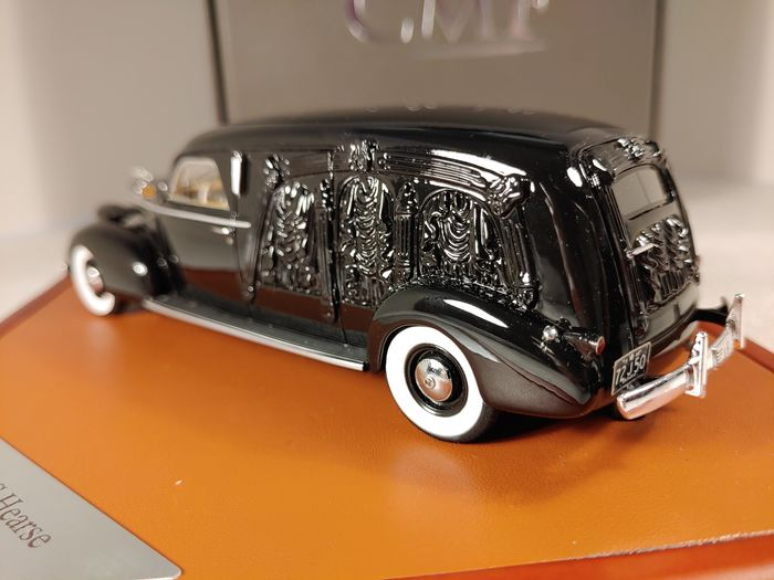 CMF - 1:43 - LaSalle S&S Hearse black 1939 - 007 of 300 Limited Edition
