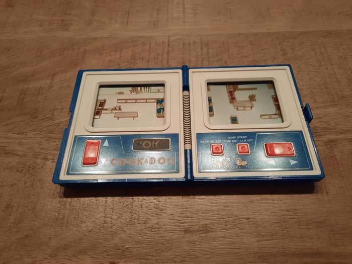 1 Commodore Game & Watch model - Cook & Dog - Gioco LCD