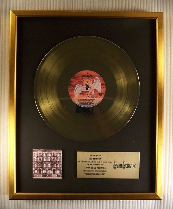 """Led Zeppelin - """"Physical Graffiti"""" LP Gold Record Award - Officieel in-House award - 1980/1980"""
