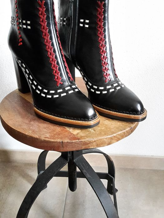 Tod's - Bottines - Taille: Chaussures / UE 40