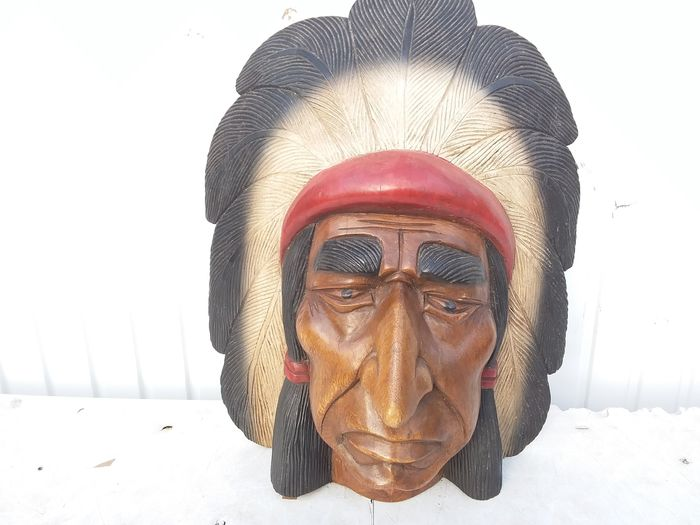 Wooden indians head. (1) - Hout