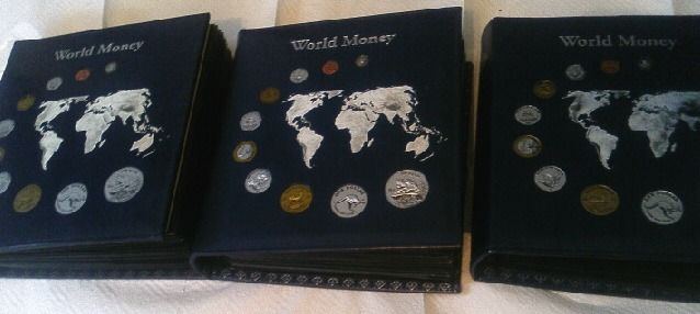 Welt. Collection various coinsets 'World Money' 94 sets with 538 coins in 3 albums