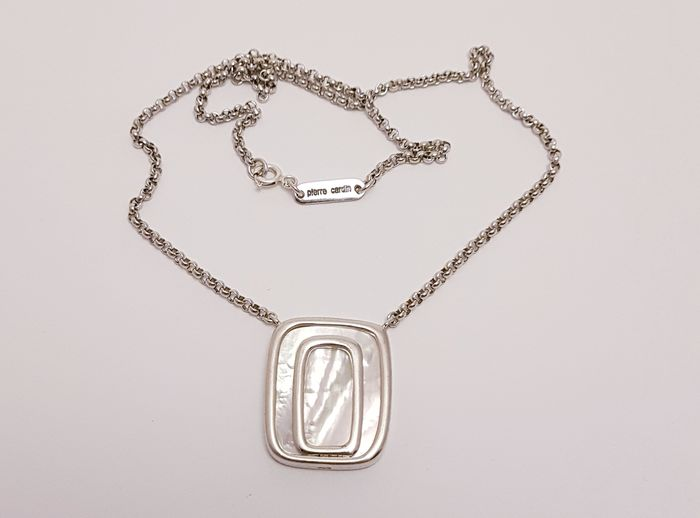 Pierre Cardin - Modernist Mother of Pearl - Collier