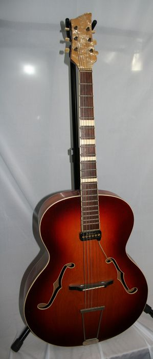 Klira - Archtop - Guitare Semi-hollow body - Allemagne