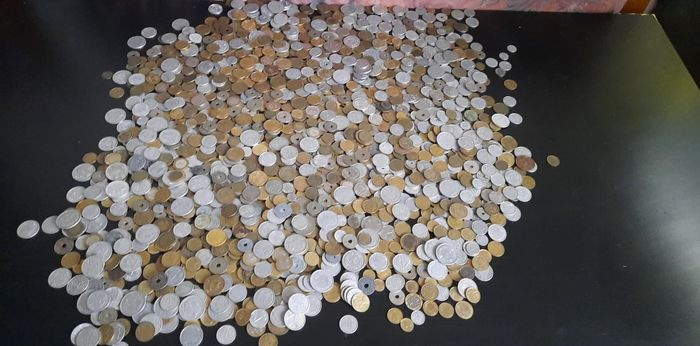 Frankrijk. Lot of about 7,2 kg, various denominations and dates