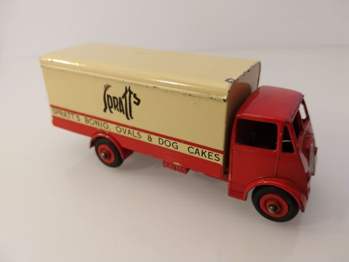"""Dinky Toys - 1:43 - Supertoys 514 Guy Van """"SPRATTS"""" - 1 pc type cab - Made in England (1953-1954)"""