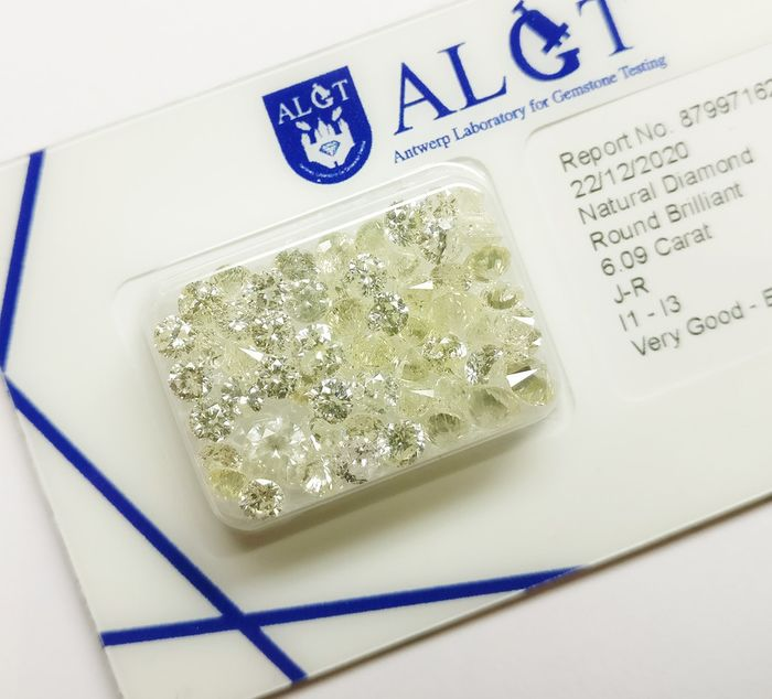 59 pcs Diamantes - 6.09 ct - Brillante redondo - J-R