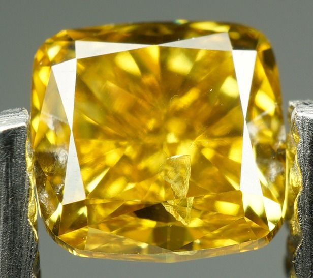 Diamant - 0.45 ct - Coussin Brillant - Natural Fancy Deep Brownish Yellow - SI2- No reserve