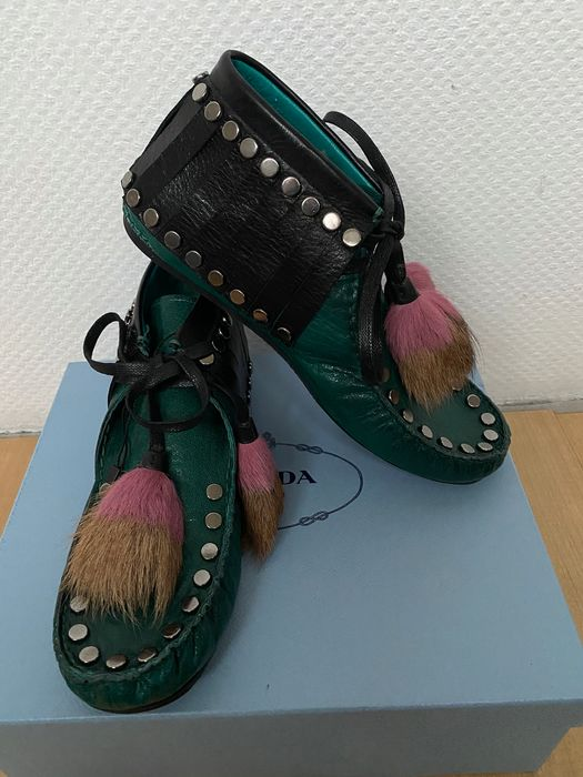 Prada - Chaussures à lacets - Taille: Chaussures / UE 40