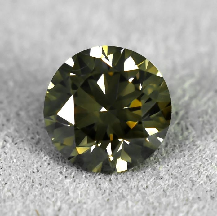 Diamante - 0.55 ct - Brillante - Natural Fancy Brownish Yellow - VS1 - VG/VG/VG