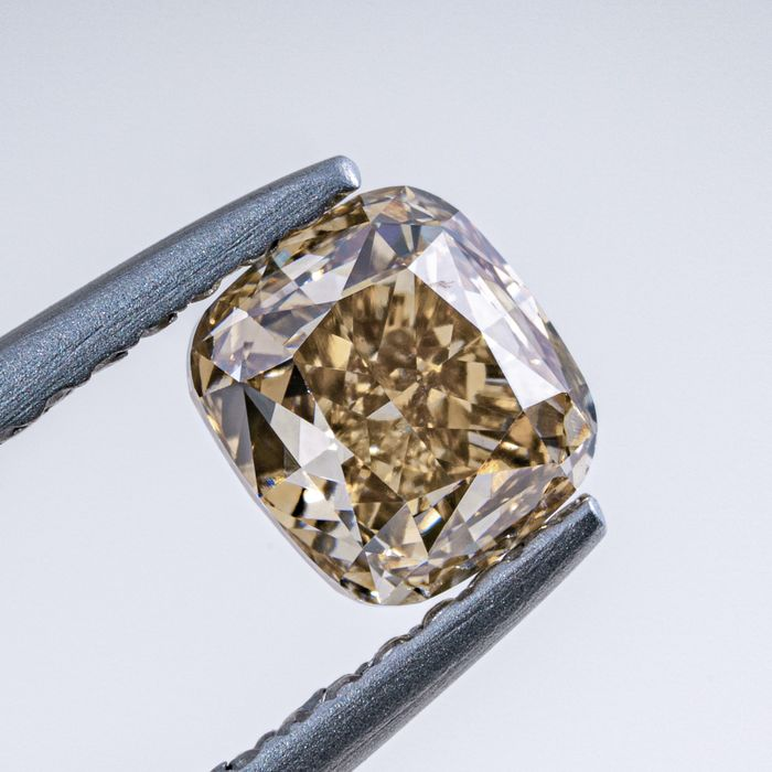 Diamant - 1.01 ct - Coussin - Natural Fancy Light Brownish Yellow - SI1