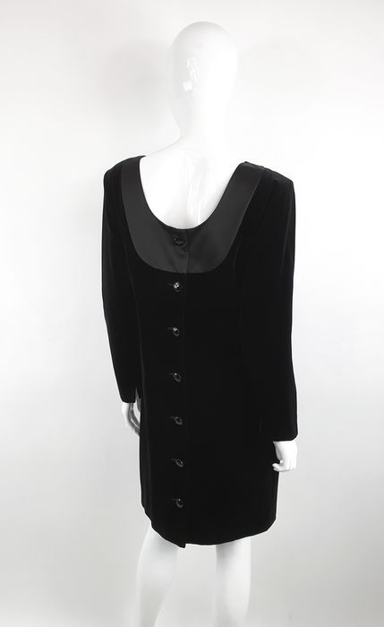 Yves Saint Laurent Variation Robe