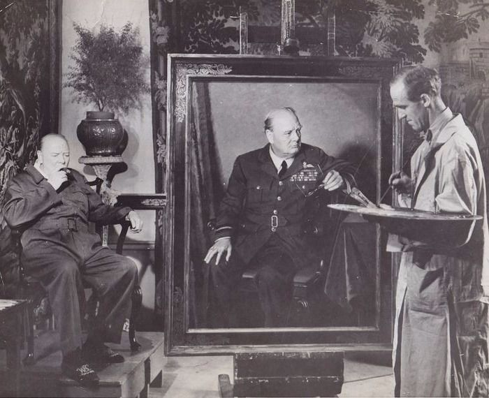 International News Photo - Winston Churchill has his portrait painted - New York, 1946