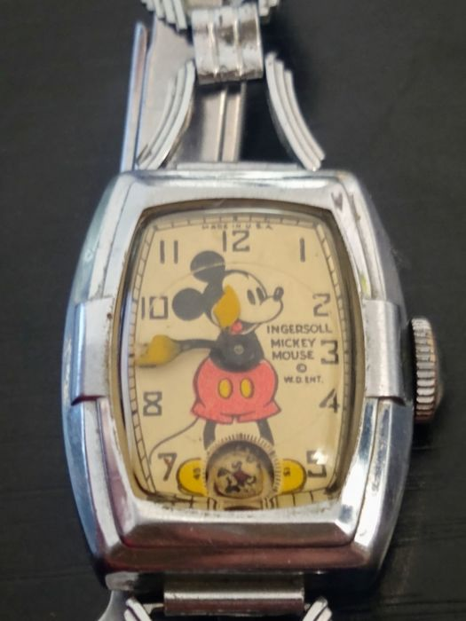Mickey Mouse - 1937 Ingersoll Classic Mickey Mouse Wind-up Art-Deco Rectangle Wristwatch - (1937)