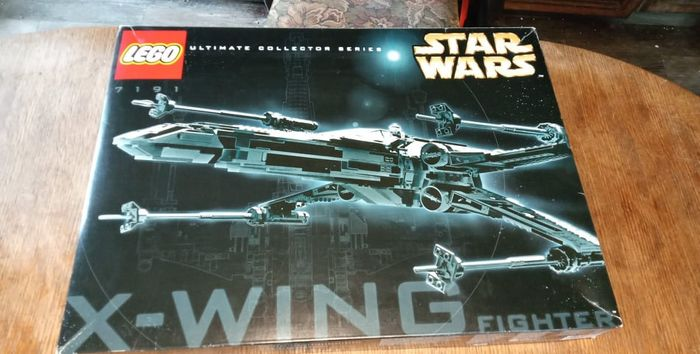 LEGO - Star Wars - 7191 - X-Wing Starfighter UCS
