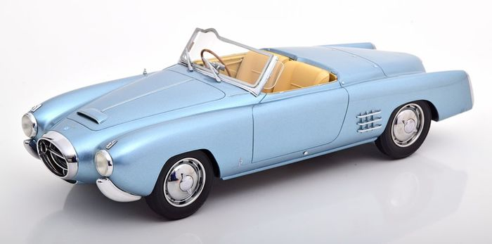 BOS Models - 1:18 - Lancia Aurelia PF200 C Spider 1953 - Kleur Blauw Metallic -  Limited 252 Pieces