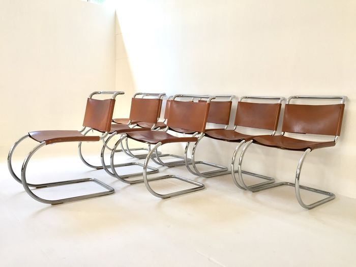 Ludwig Mies van der Rohe - Knoll - Chaise (8) - MR10