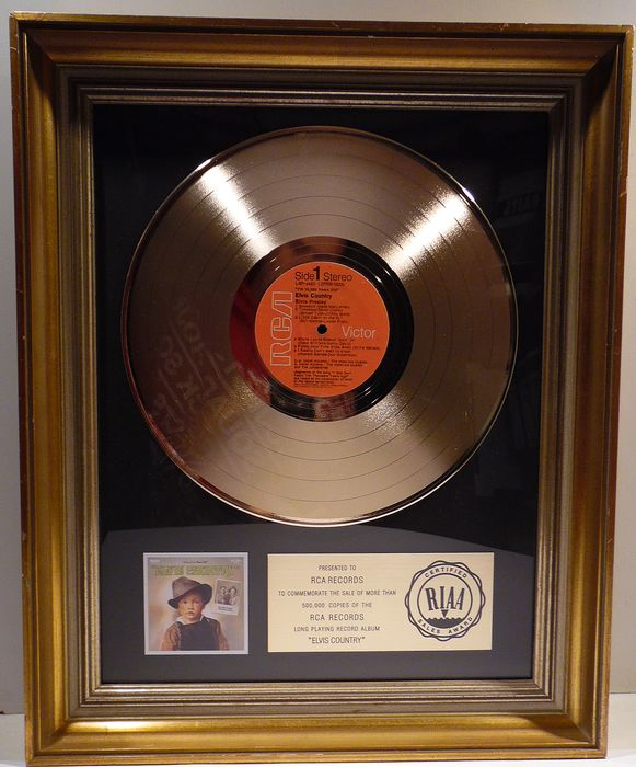 Elvis Presley - Elvis Country - Official RIAA award - 1977/1977