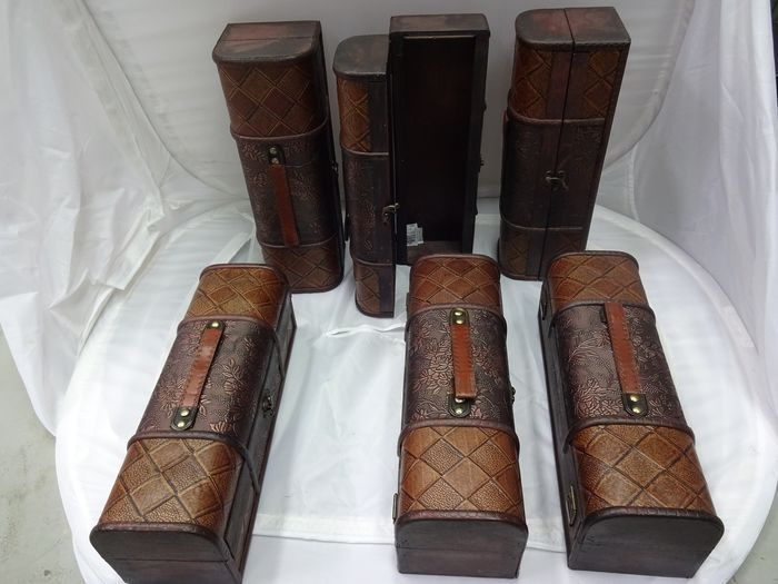 Colonial style wooden wine boxes - Abruzos - 6 items