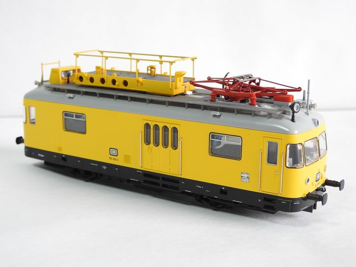 Trix H0 - 22210 - Railcar - BR 701 - Catenary mounting trolley with electrically moving parts - DB