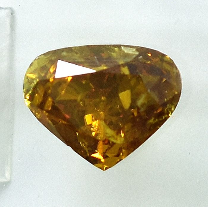 Diamante - 1.88 ct - Corazón Cleafless - Natural Fancy Yellowish Orangy Brown - I2 - NO RESERVE PRICE