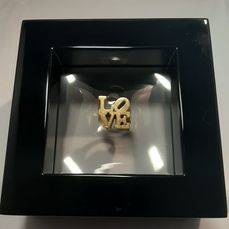 Robert Indiana (after) - ♥ Love  ring by  Robert Indiana  ( incl. displaybox!)