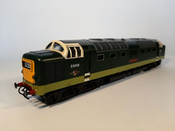 """Lima H0 - 205105M - Diesel-electric locomotive - Class 55 """"The Green Howards"""" - British Rail"""