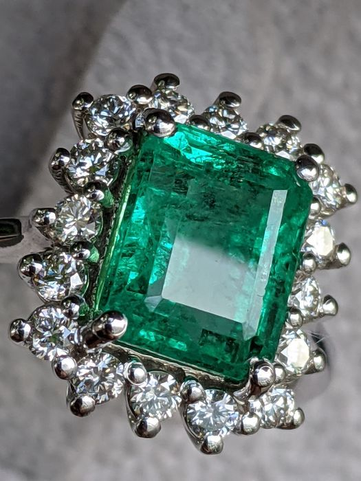 Top Quality 2.86 Carat Natural Emerald And Diamonds Diana Ring - 14 kt Weißgold - Ring - 2.86 ct Smaragd - Diamanten, keine Reserve