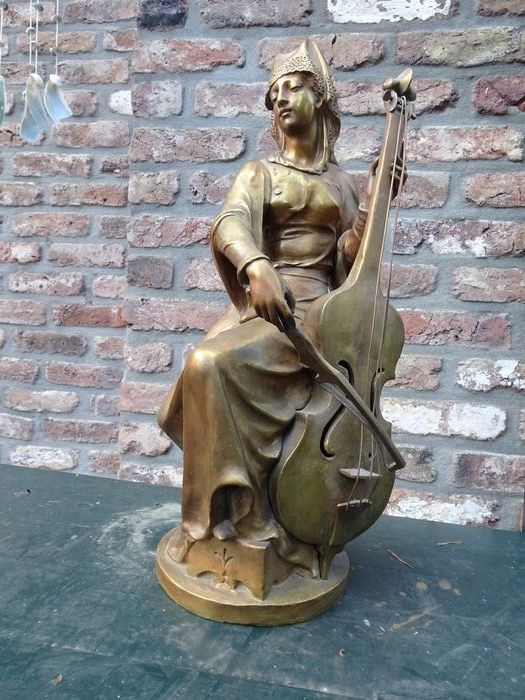 Charles Veeck (?-1904) - Beeld, lady in renaissance gown playing the cello - 52 cm (1) - Brons - Eind 19e eeuw