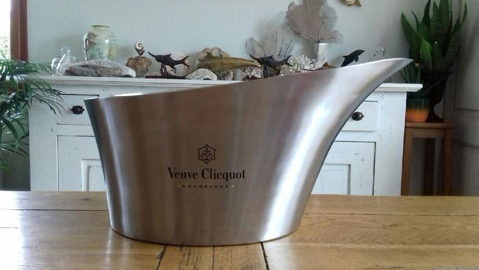 Large Veuve Clicquot Champagne bowl in brushed stainless steel - Champán