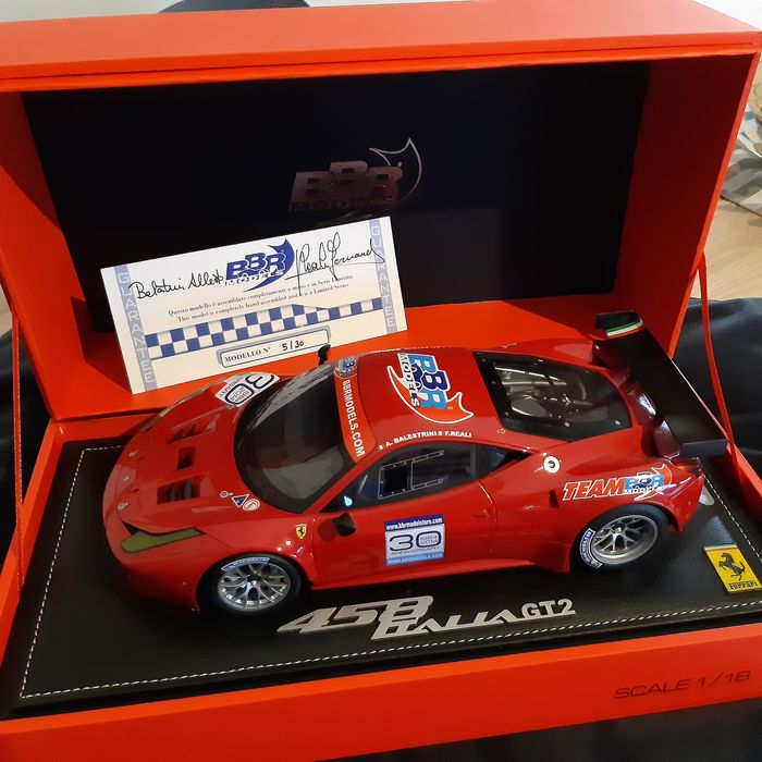 BBR - 1:18 - Ferrari 458 Italia GT2 - BBR 30th anniversary - only 30 units produced with authentic signatures of the Balestrini and Reali