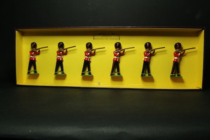 Britains - Britains toy soldiers - 8800 - Personnage GOLSTREAM GUARDS - 1980-1989 - In England