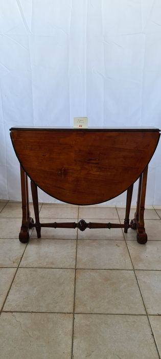 Table basse - Charles X - Bouleau, Noyer - Vers 1860