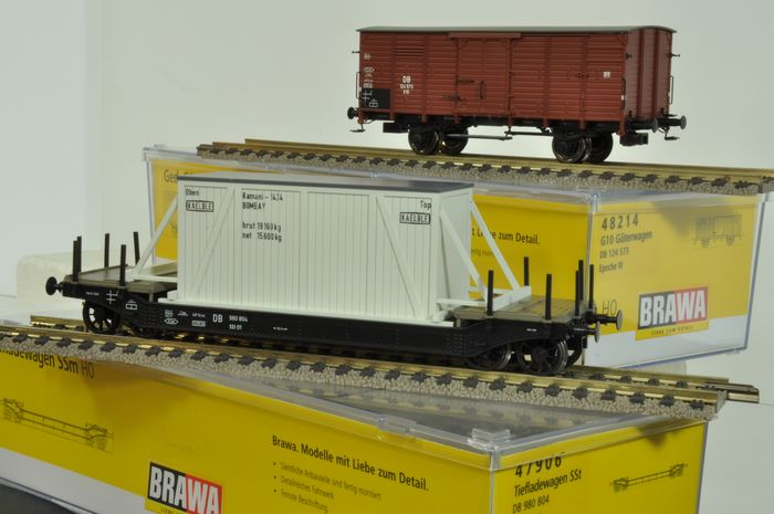 Brawa H0 - Freight carriage - 2 different, epoch III - DB