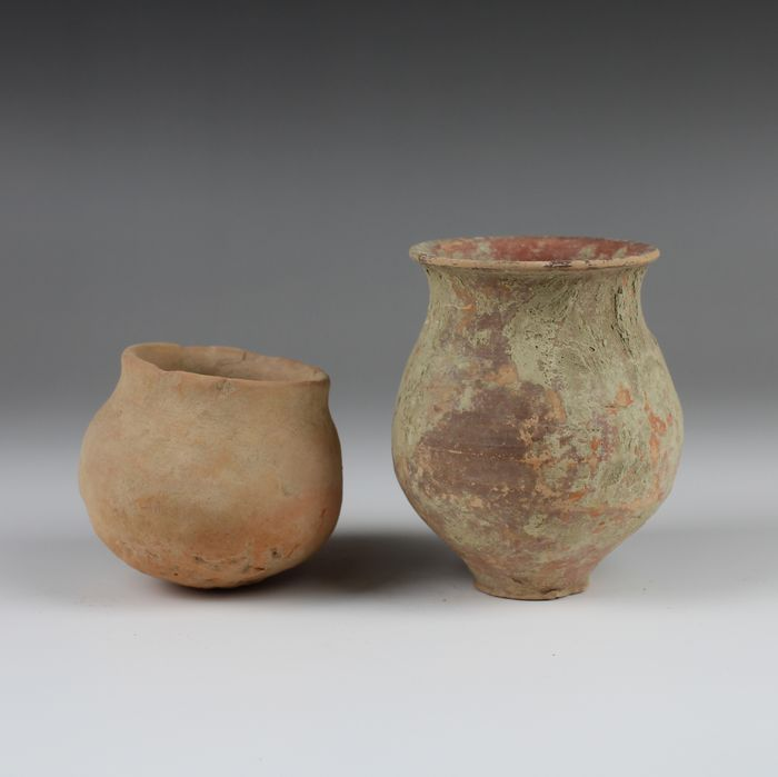 Bronze Age, Indus Valley Pottery Vessels lot - (2)