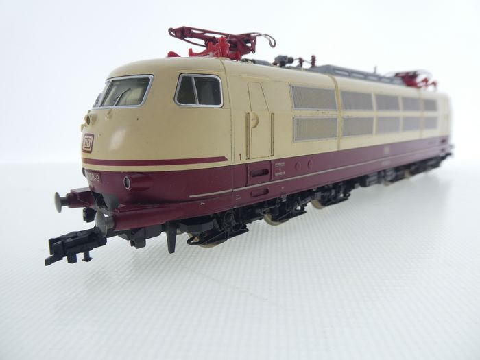Fleischmann H0 - 4376 - Electric locomotive - BR 103 in TEE color scheme, cream / red - DB