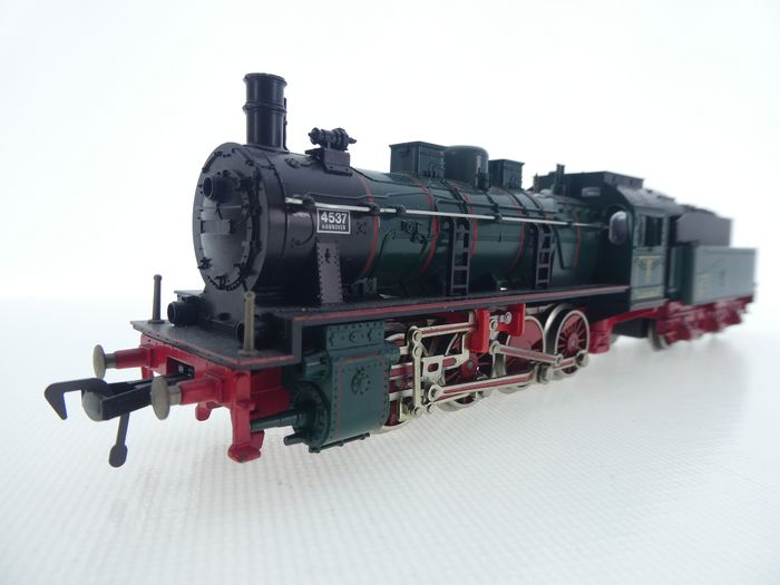 Fleischmann H0 - 4147 - Steam locomotive with tender - G8.1, green - KPEV