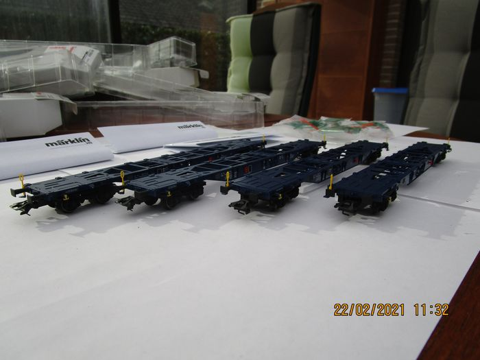 Märklin H0 - 47093 - Freight wagon set - Container wagon set for combined transport, type Sgnss - KLV