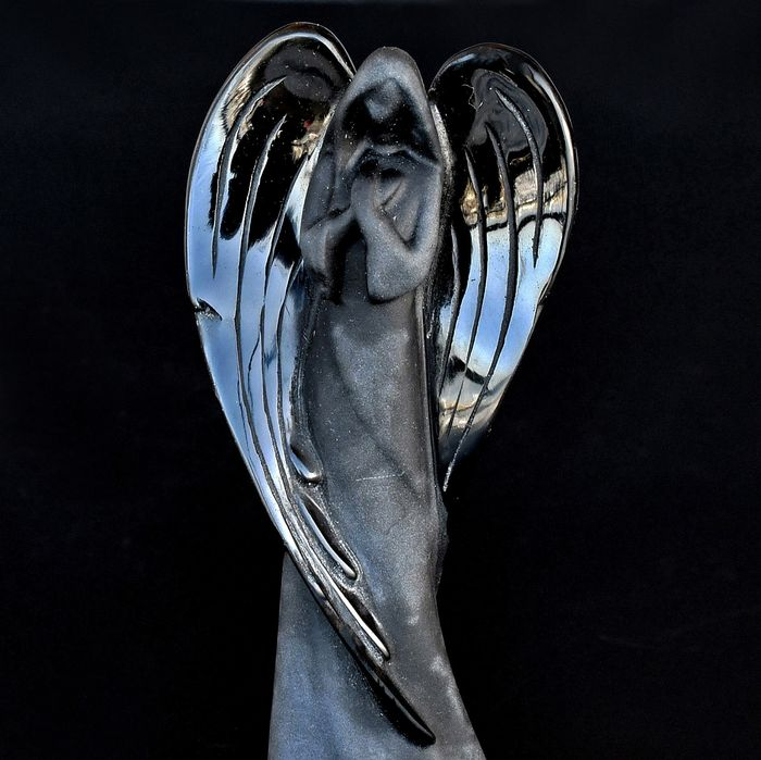 Finely detailed semipolished Obsidian angel - 11.8×5.7×2.5 cm - 120 g