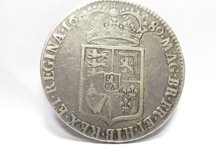 Reino Unido. 1/2 Crown 1689 William and Mary