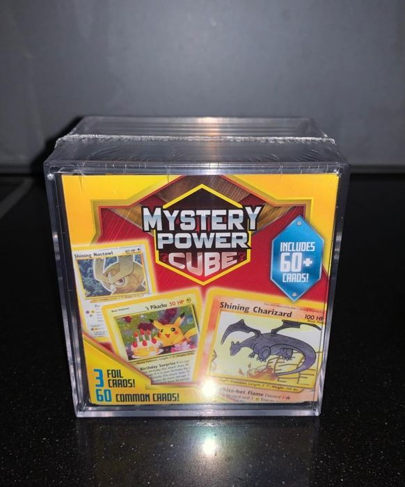 Pokémon - Carte à collectionner - ULTRA RARE - Mystery Power Cube - Shining Charizard - Dark Charizard - Birthday's Pikachu - Sealed