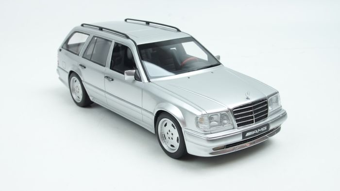 Otto Mobile - 1:18 - Mercedes-Benz S124 AMG T-Modell Silver
